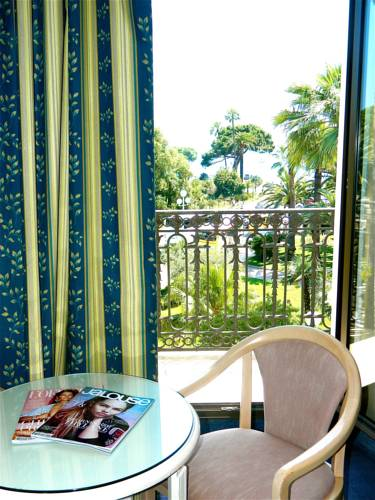 b4 park nice nice autour de la principaut de monaco nice. Black Bedroom Furniture Sets. Home Design Ideas