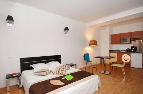 Appart 39 hotel odalys les hauts de la principaut beausoleil for Appart hotel menton