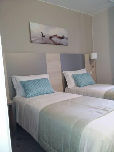 hotel du midi nice autour de la principaut de monaco nice. Black Bedroom Furniture Sets. Home Design Ideas
