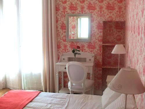 hotel villa rivoli nice autour de la principaut de monaco nice. Black Bedroom Furniture Sets. Home Design Ideas