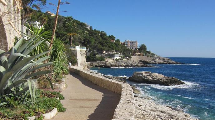 Hôtels à Cap d-Ail - Réservez votre hôtel à Cap d-Ail on