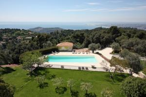 Villa in Villefranche Sur Mer II