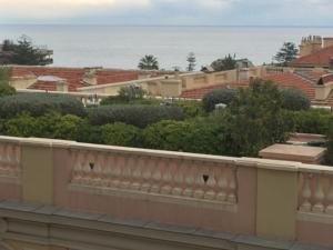 Riviera Apartment