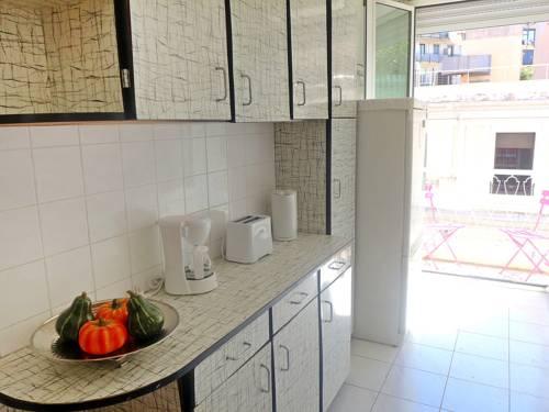 apartment le mozart nice autour de la principaut de monaco nice. Black Bedroom Furniture Sets. Home Design Ideas