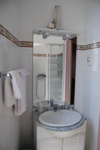 h tel azur nice autour de la principaut de monaco nice. Black Bedroom Furniture Sets. Home Design Ideas