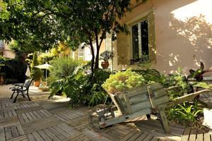 Nice Garden Hotel