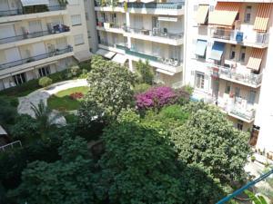 Apartment Bottero