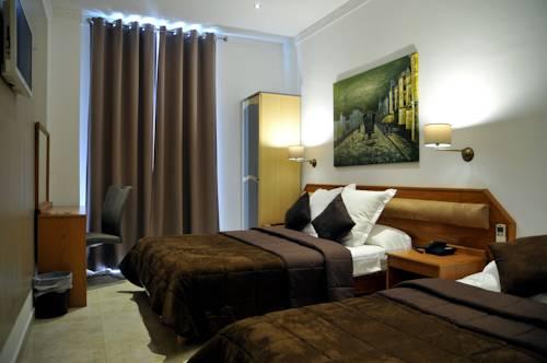 Parisien nice autour de la principaut de monaco nice for Hotels 2 etoiles nice